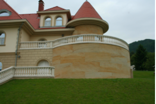 Pieskovec -fasada 3